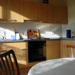 Einbauküche mit Eßplatz